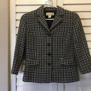 Petite Sophisticate Blazer with Houndstooth Print